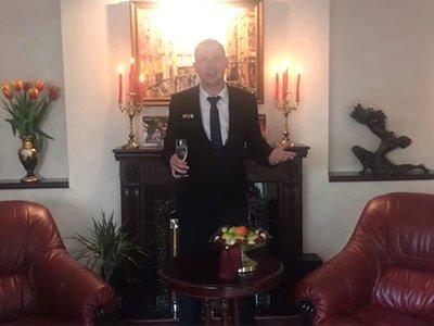 Поздравление с 8 марта от Управляющего Отелем «Иностранец» Чёботова Алексея Вячеславовича